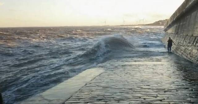This Is Why It Is Dangerous To Walk On A Slipway