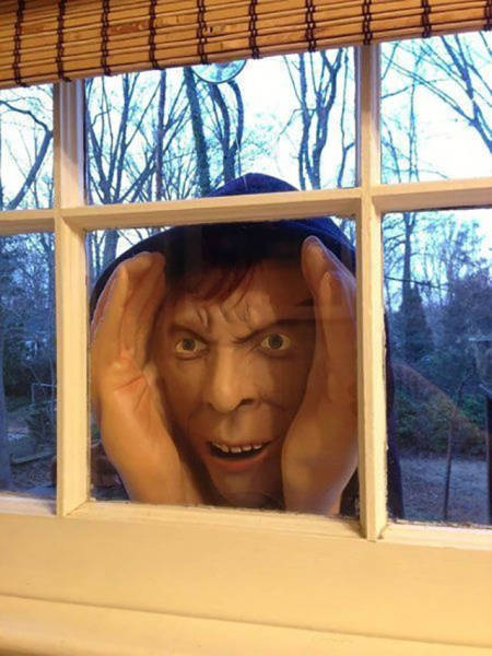 Neat Halloween Pranks That Will Scare The Crap Out Of People
