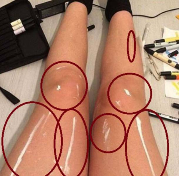 Photo Of This Girl's Legs Look Like A Mind-Bending Optical Illusion That The Internet Can't Get Over It