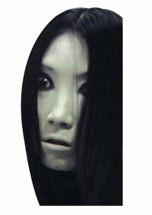 This Creepy Girl Cutout Will Scare The Crap Out Of The ...