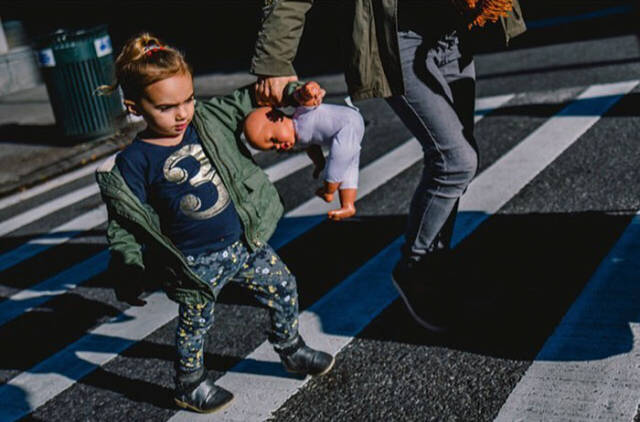 Awesome Street Photos Taken At The Just Right Moment