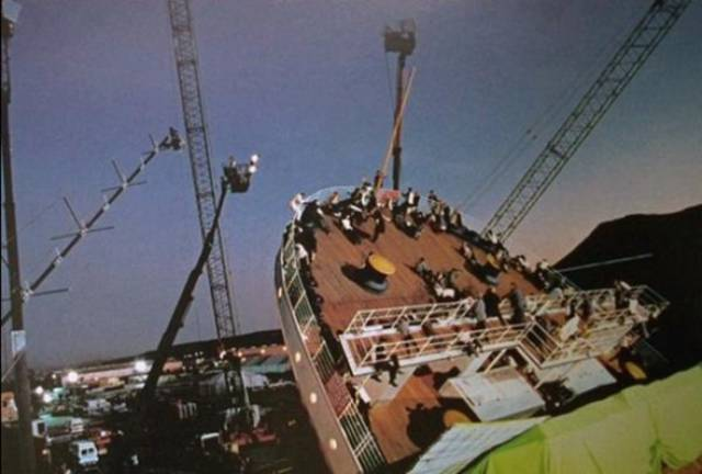 """Amazing Photos From The Set Of The Iconic Movie We All Love - """"Titanic"""""""