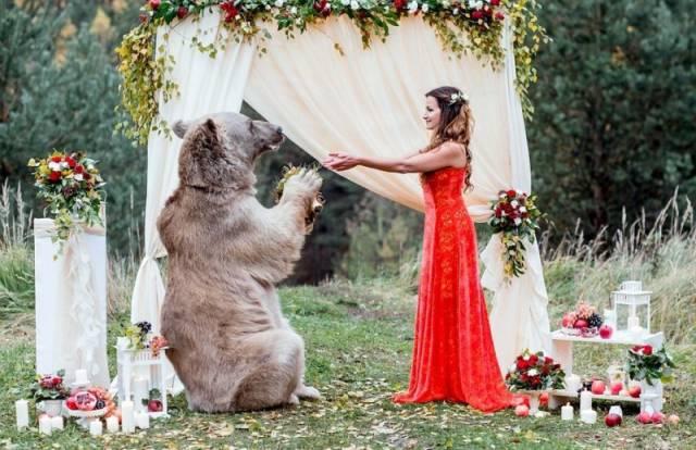 Just An Ordinary Russian Wedding