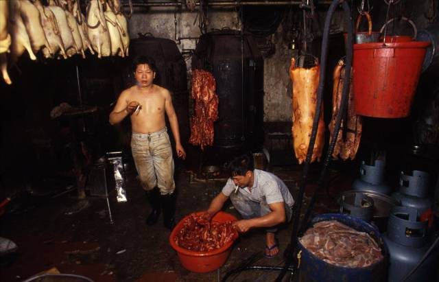 The Life Inside The Unruly Kowloon Walled City In Hong Kong