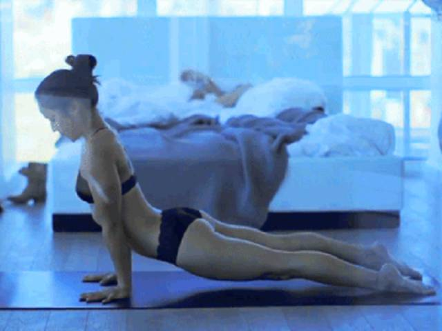 Hot Girls Doing Yoga Is A Mesmerizing View