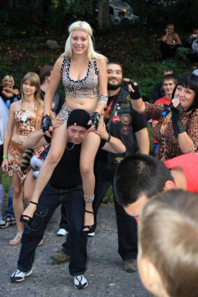 Interesting Contest At A Biker Rally