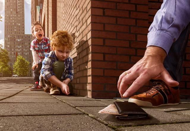 Creative Dad Photoshops His Son Into Different Surreal Scenarios