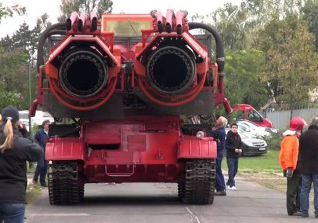 The Biggest And The Most Powerful Fire Extinguisher In The World