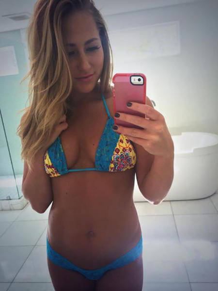 Snapchat Brings Us Some Really Hot Women With Photos For You To Enjoy And Usernames To Follow