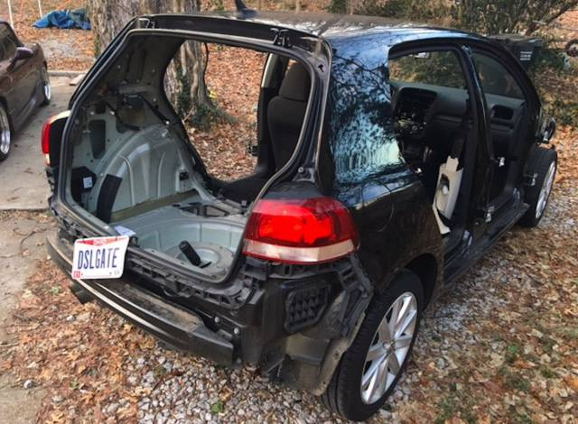 "American ""Stripped"" His Diesel Golf Almost Entirely Before Returning It To The Dealer"