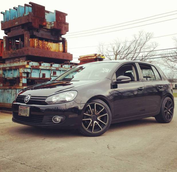 """American """"Stripped"""" His Diesel Golf Almost Entirely Before Returning It To The Dealer"""