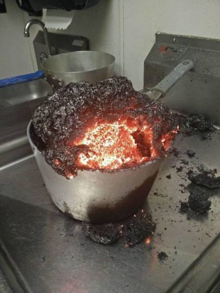 Apparently, Not Everyone Is Gifted With Cooking Skills