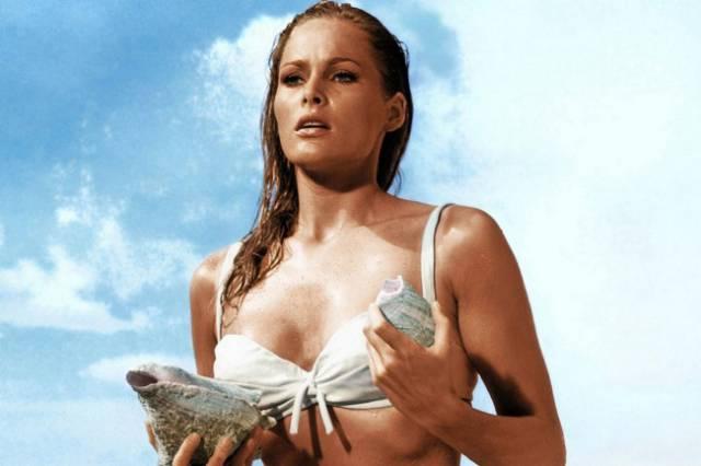 James Bond Definitely Picks Only The Best Girls For Himself
