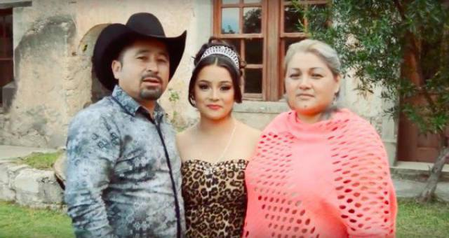 mexican girl turns 15 called dibs