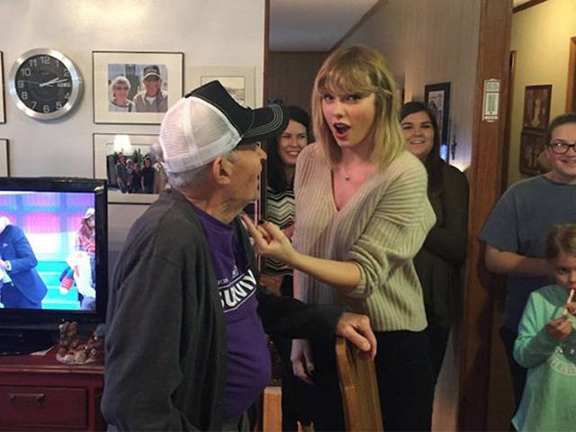 Taylor Swift Amazes Everyone By Caring About Her Fans So Much