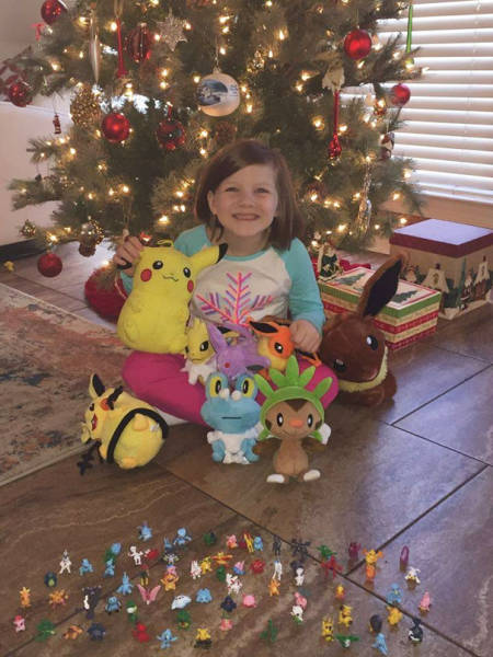 6-Year-Old Girl Decides To Be A Santa For Herself This Year