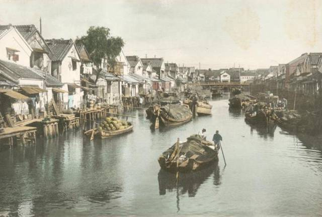 It's Fascinating How Tokyo Became One Of The World's Biggest Cities Out Of A Small Fishing Village